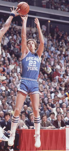 Bobby Jones, Jr. (1902) <br>Sammy Baugh (1914) <br>Cito Gaston (1944) <br>Danny Ainge (1959, pictured) <br>Sam Bowie (1961) <br>John Smiley (1965) <br>Chris Luongo (1967) <br>Tyrone Hill (1968) <br>Bill Mueller (1971) <br>Mia Hamm (1972) <br>Eric Lane (1974) <br>John Hall (1974) <br>Andrew Ference (1979) <br>Kyle Korver (1981)