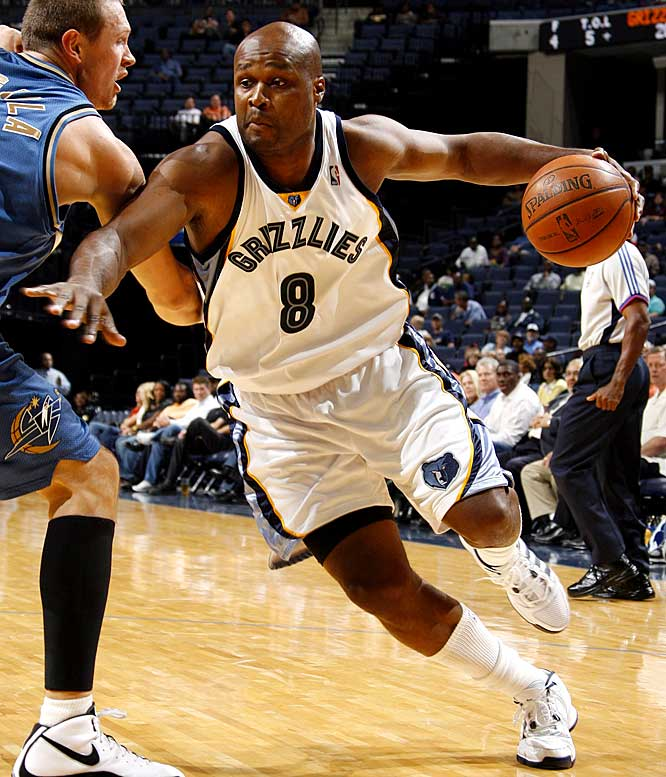 After being told in training camp that he wasn't in the Grizzlies' plans, Walker was placed on the inactive list for the first month-and-a-half of the season. A few days before Christmas, Memphis gave Walker the gift of a contract buyout. Walker hasn't caught on with another team -- unless you count his upcoming appearance on the new season of Spike TV's <i>Pros vs. Joes</i>.
