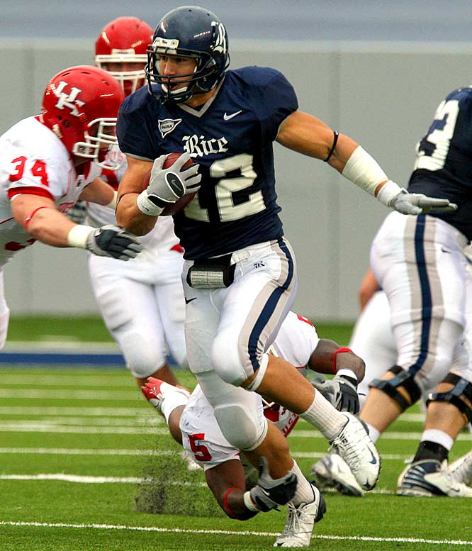 The multitalented tight end lined up everywhere for Rice, including the Wildcat. Casey typically took a direct snap in short-yardage situations. He had six rushing touchdowns and two throwing TDs for the Owls last season. He was a high school quarterback and was slated to play that position next season at Rice. He doesn't have the speed of some of the other Wildcat weapons, but unlike other players on this list, he's used to taking direct snaps.