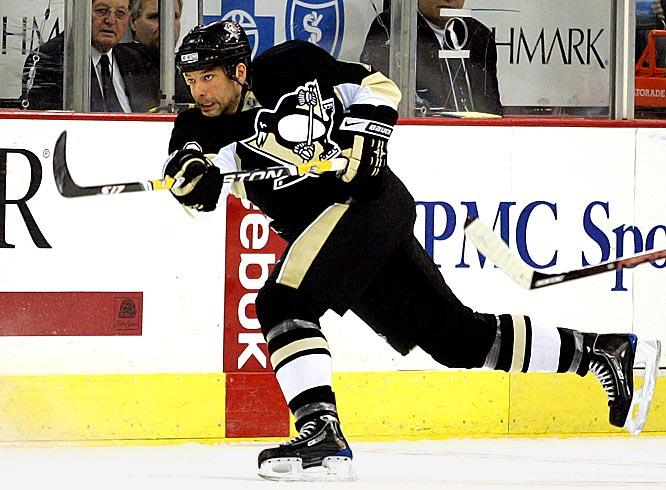 Veterans Mark Recchi and Gary Roberts were critical to the Penguins' playoff success last spring. Guerin brings the same leadership, but also poses a legitimate first-line scoring threat.