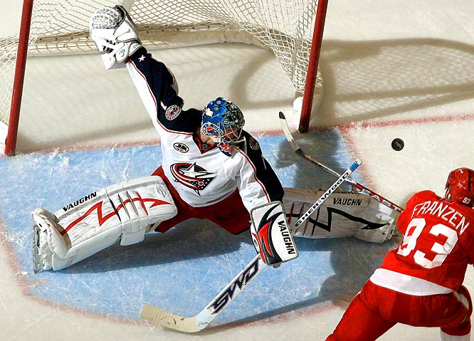 After a sensational rookie season (33-20-0-7, 2.29 GAA, .916 save pct., 10 shutouts), Mason will face a stern test against the defending Stanley Cup champion Red Wings, as the Blue Jackets make their first playoff appearance.