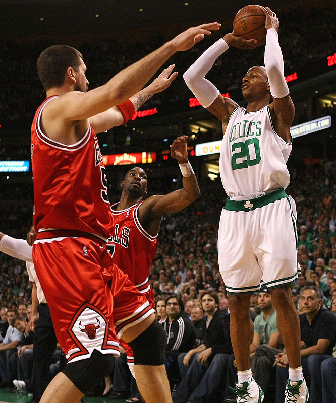 Rajon Rondo's 29-point, nine-rebound, seven-assist outing made him the second-best point guard on the court on this day. That's because Rose went for 36 points and 11 assists in Chicago's road victory. Rose, the No. 1 pick in the 2008 draft, matched Kareem Abdul-Jabbar's record for most points in a playoff debut.