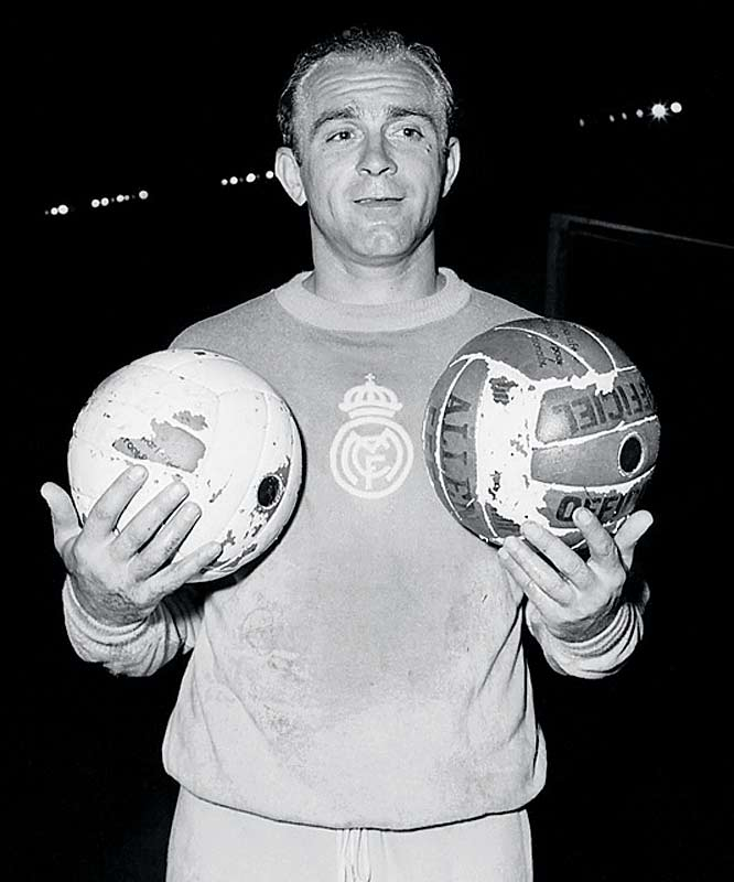 The champions of Spain and France took center stage when the first-ever competition for European club supremacy reached its climax in Paris. The inaugural European Cup final lived up to lofty expectations, with Alfredo di Stéfano (pictured) and Real Madrid rallying from deficits of 2-0 and 3-2 to secure a dramatic 4-3 victory on a 67th-minute winner from Marcos Alonso Imaz.