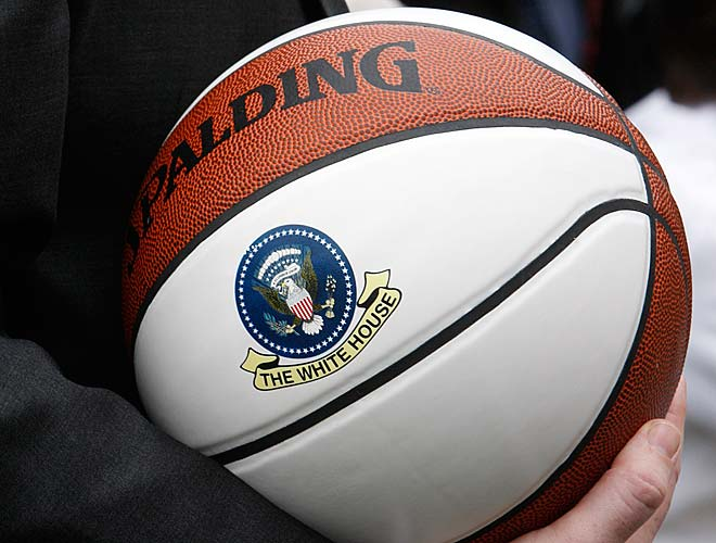 Obama also gave each team a custom White House-embossed basketball.
