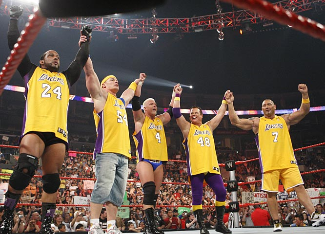 In the night's main event, five of WWE's most popular stars -- MVP, John Cena, Kennedy, Jerry Lawler and Batista -- donned Lakers jerseys to take on the Nuggets team.