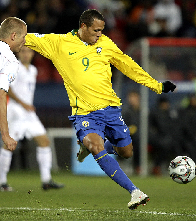 Luis Fabiano got Brazil on the board with a stunning goal in the first minute of the second half.