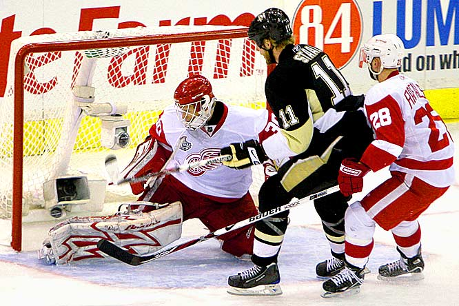 Pittsburgh center Jordan Staal's short-handed goal past Red Wings' goalie Chris Osgood started the Pen's comeback during Game 4 of the Stanley Cup Finals. Pittsburgh stole Thursday night's game in the second period, scoring three goals in less than 6 minutes to win 4-2 and tie the series 2-2.