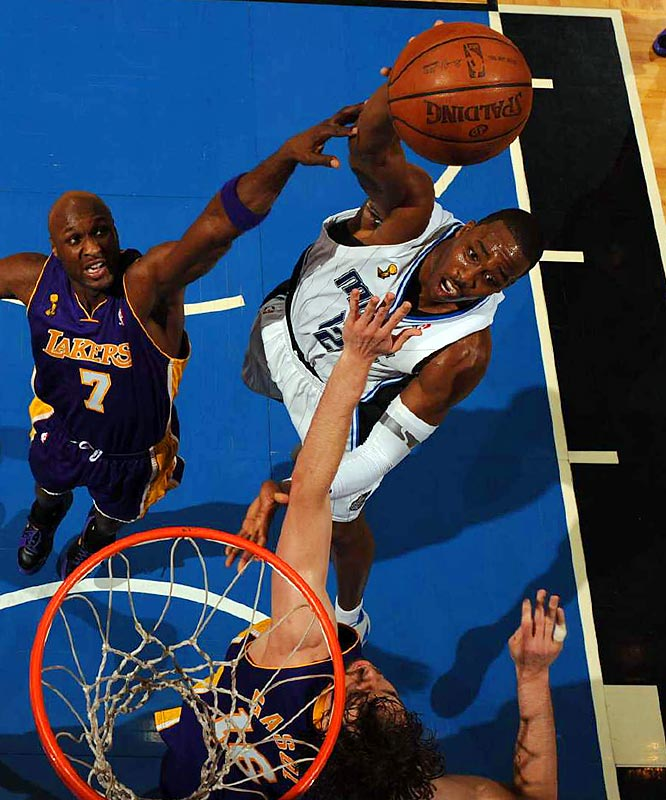 Howard had 21 points and 14 rebounds as Orlando beat the Lakers 108-104 for its first victory in the series.