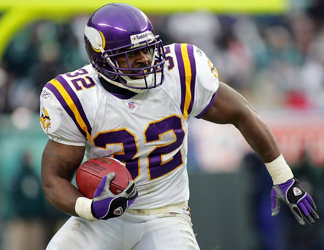 In the summer of 2005 the former Vikings running back (he was a fourth round pick in 2003) was pulled off a plane in Minneapolis for carrying a device called the Original Whizzinator, a device people had used for beating drug tests. Smith was later cut by the Winnipeg Blue Bombers of the CFL