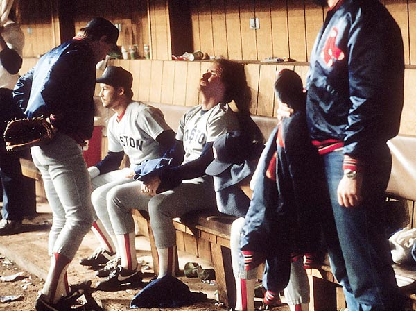 Wade Boggs and teammates in agony after losing Game 7 to New York Mets in the 1986 World Series.