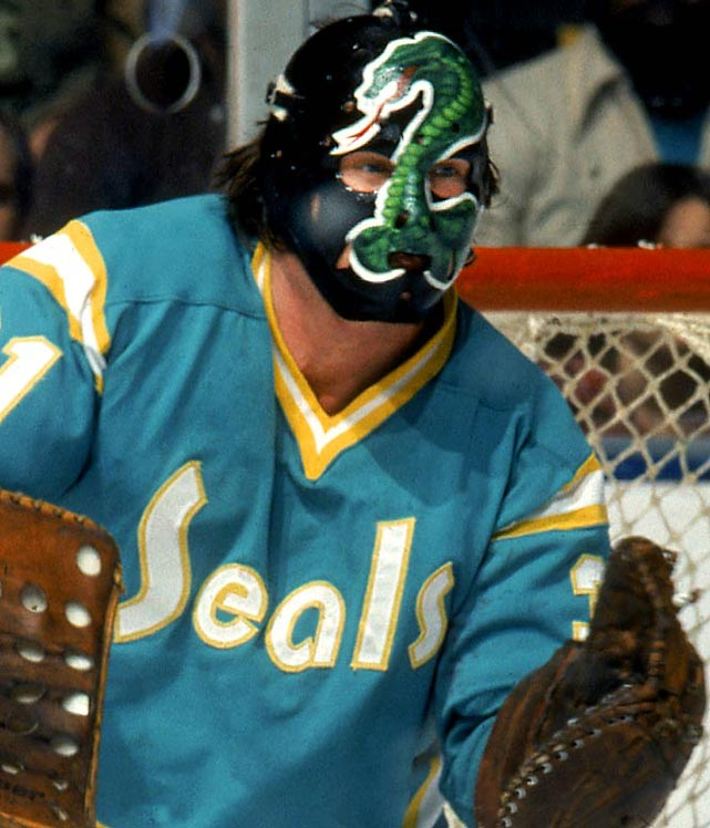 "Simmons went by the nickname ""Cobra,"" owing to his quick reflexes. In appreciation, he had a coiled green snake rising up on a black mask."