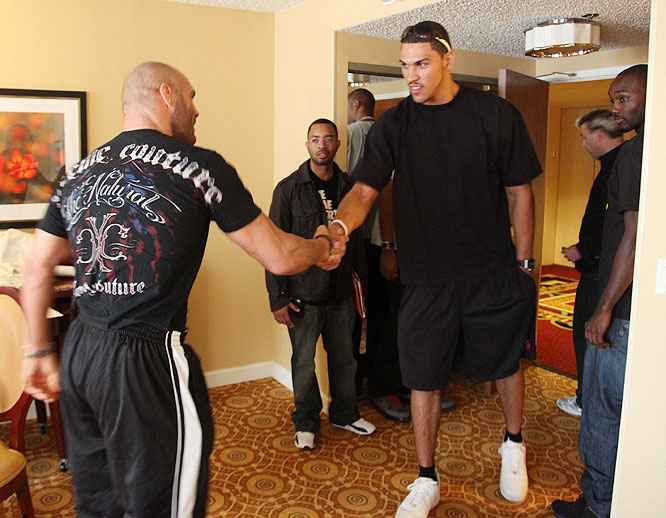 Members of the Portland Trail Blazers dropped by Randy Couture's hotel room Friday for a brief meet-and-greet session.
