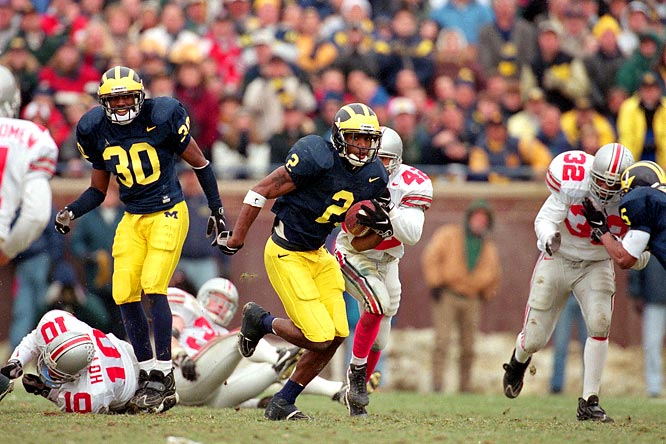 Six years after Desmond Howard's punt return against Ohio State locked up his Heisman win, Woodson had his own, slipping past two Buckeyes on the way to a 78-yard punt return touchdown. He also added an interception in the end zone to lead the eventual national champions to the Big Ten title.