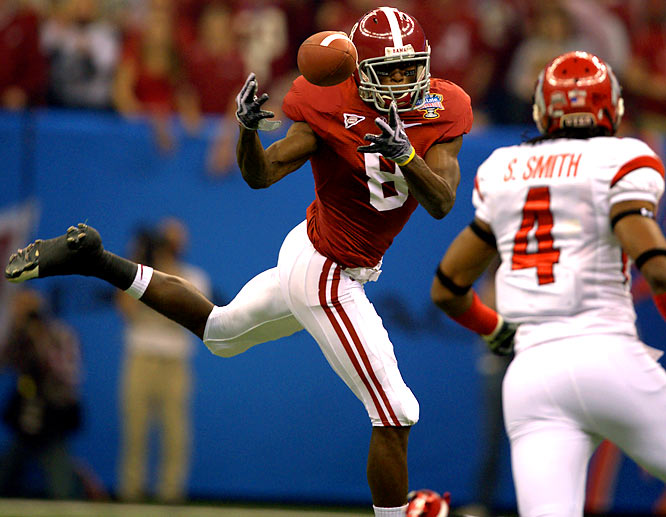 Jones burst onto the scene as a freshman, leading Alabama with 58 catches for 924 yards and four scores despite nursing a sports hernia and a bum toe, shoulder and wrist. The 6-foot-4, 211-pounder possesses great field vision and rarely goes down on first contact.