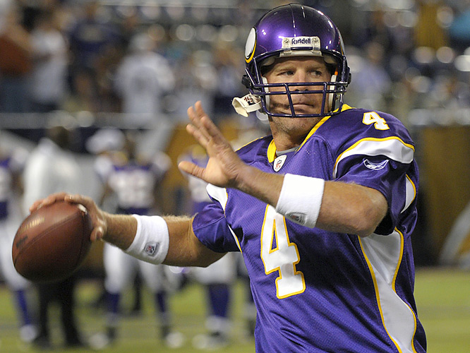Brett Favre only had two official practices and one walkthrough this week as a member of the Vikings. Not unexpectedly, he was a little rusty on Friday (1-4 for 4 yards).