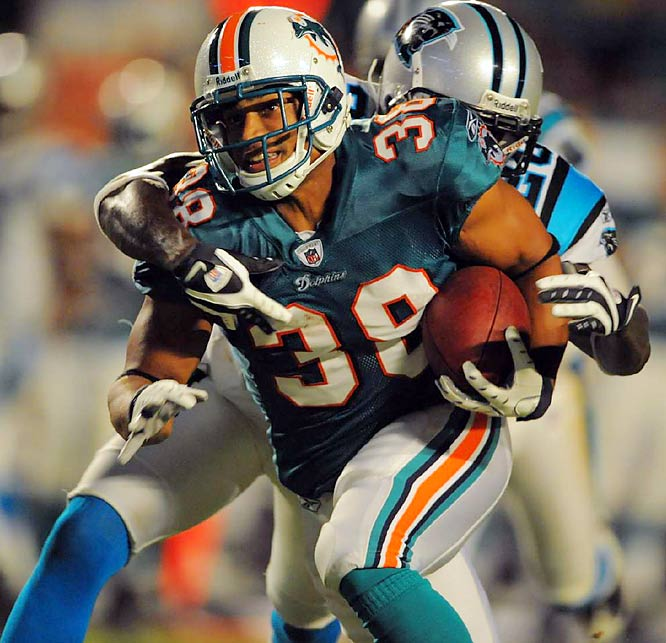 Patrick Cobbs could be a key player again in the Dolphins Wildcat formation. Last season he had a 53-yard TD catch after Ronnie Brown took a direct snap, handed it to Ricky Williams, who handed it to Chad Pennington, who threw the TD pass.