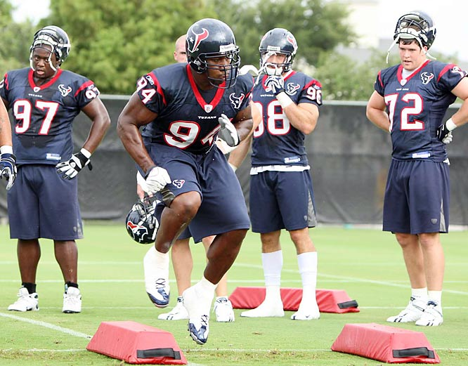 Matt Shaub and the Texans look to continue an upward trend after posting a surprising 8-8 record last year.
