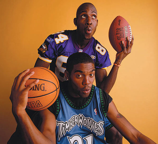 It was Kevin's idea for them to switch jerseys during the shoot. Moss and Garnett were both playing in Minnesota at the time and the story was about their history together and how they were both happy to be working in the same city.
