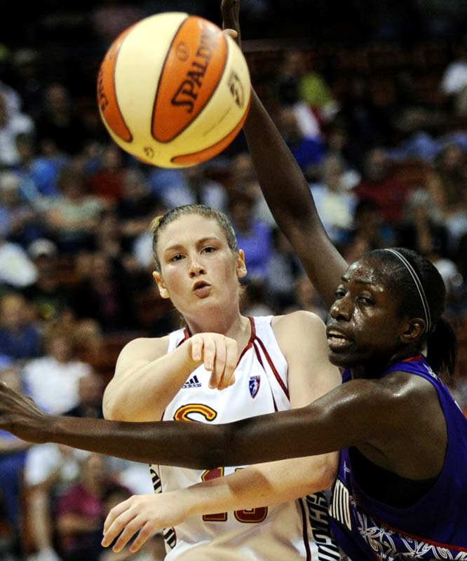 After a mostly quiet first-half of the season, Lindsay Whalen (pictured) is making noise once again. On Sunday, she burned the Shock for 22 points, six rebounds and four assists in an 83-65 win. More efforts like that, and the Sun will be able to put a little distance between itself and Washington -- which is tied with them for second place in the East. <br><br>Next three: 8/7 at Minnesota; 8/9 vs. Washington; 8/13 vs. Seattle