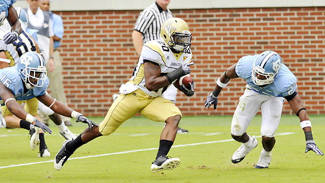 Roddy Jones and the Yellow Jackets racked up 317 rushing yards against the Tar Heels, including this 13-yard scoring run, as North Carolina lost for the first time this season.