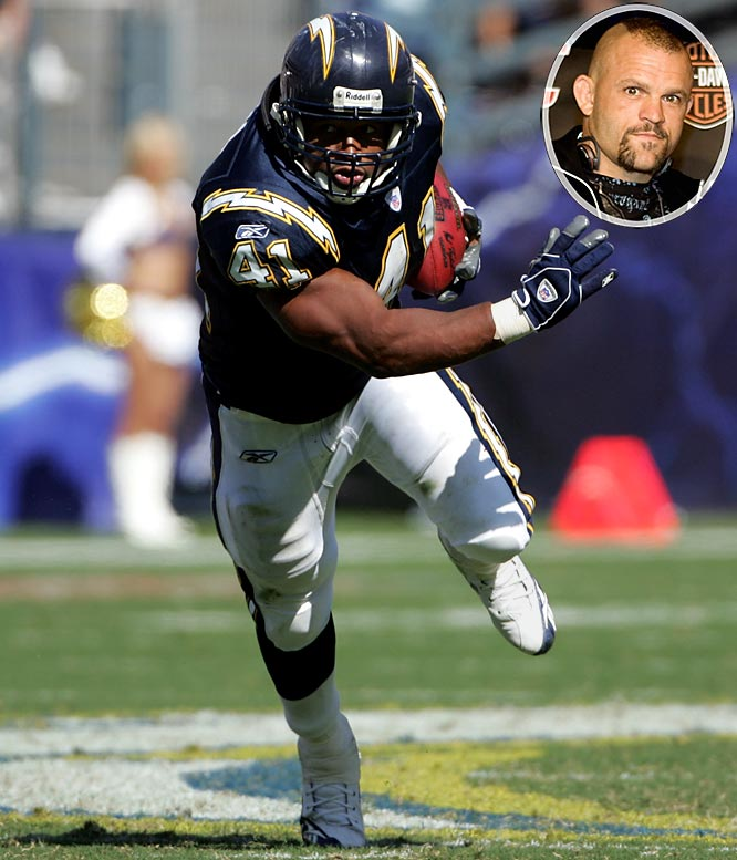 The four-time Pro Bowler will enter his 17th season in the NFL this year, but while at Fresno State, he finished seventh at the 1992 NCAA Wrestling Championship. He got to know former UFC champ Chuck Liddell during his college wrestling days and, now, the two often train together, each preparing for their respective sports.