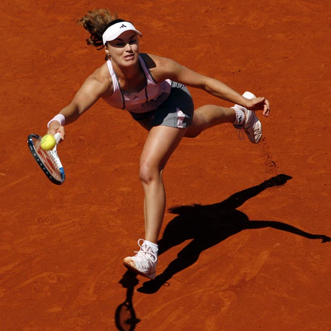 """The former Wimbledon champion was the first celebrity voted off Strictly Come Dancing -- Britain's answer to Dancing with the Stars -- along with partner Matthew Cutler. """"It was a great experience, I learned so much,"""" said Hingis, who is currently serving a two-year ban from professional tennis for a positive cocaine test. """"I wish it would continue but here we are. Maybe I will come back for a few more lessons to London."""""""