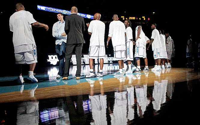 Months after leaving school, Tyler Hansbrough is warmly received by the sell-out crowd.