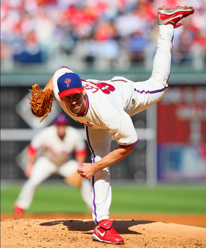 Cliff Lee allowed only six hits and no walks in his complete-game gem, a 5-1 victory in which he gave up a run in the ninth inning.