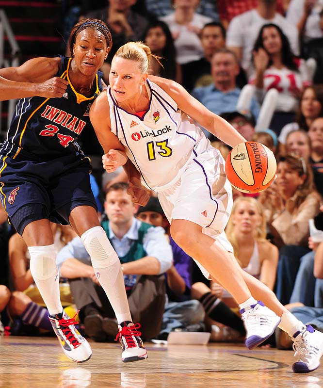 Penny Taylor's two free throws with 37.7 seconds left sealed the crown for the Mercury.