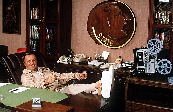 Bobby Bowden relaxes at his desk during a SI photo shoot.