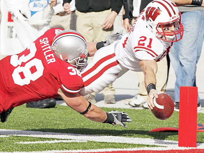 Chris Maragos scored on this nine-yard run to tie Saturday's game at 7-7. The Buckeyes only allowed two field goals thereafter in handing the Badgers their first loss.