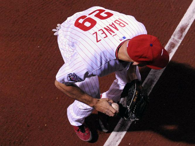 Raul Ibanez fields Nick Swisher's fifth-inning double.