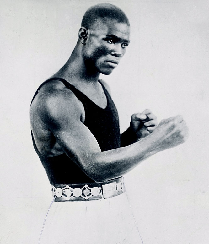 "The compact, elegant Gans, who held the 135-pound title from 1902 to 1908, combined a fluid, combination-punching attack that was decades ahead of his time with spectacular defense. No wonder they called him the ""Old Master."""