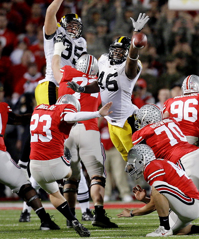 Back-up Devin Barclay kicked a 39-yard field goal in overtime to send the Buckeyes (9-2, 6-1) to the Rose Bowl for the first time in 13 years. Ohio State clinched at least a share of their fifth consecutive Big Ten title and the conference's automatic BCS bid. The Buckeyes haven't been to Pasadena since the 1996 team finished No. 2 in the nation, scoring in the final minute to beat Arizona State 20-17 in the Rose Bowl.