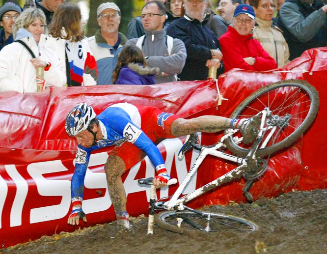 France's Francis Mourey falls during the Superprestige cyclocross in Gavere, Belgium, on Nov. 15.
