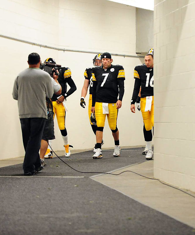 Big Ben is on pace for another 3,000-yard passing season, with 2,469 yards and 14 touchdowns through nine games.