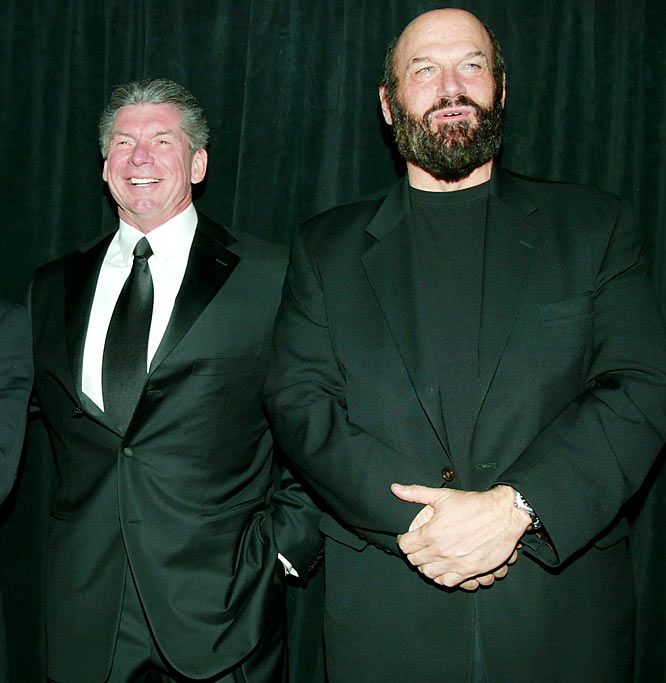 <i>WWE Raw</i> has used celebrity guest hosts for a while now, but this week's offering brought back memories for many wrestling fans. Ventura hosted and forced McMahon to put on a tuxedo and join him in the broadcast booth, like they did years ago for <i>Saturday Night's Main Event</i>. The only thing missing was a main event between Hulk Hogan and King Kong Bundy.