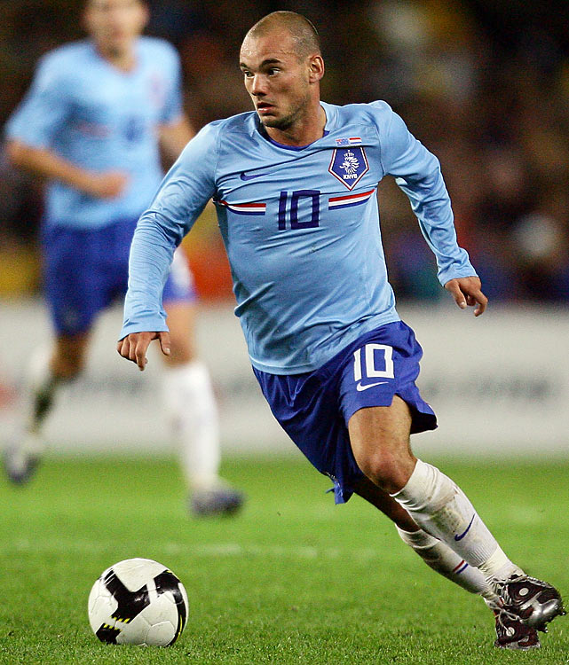 Qualified as: Europe Group 9 winner  Ninth World Cup appearance (last in 2006)  Player to watch: Wesley Sneijder  Odds to win: 14 to 1