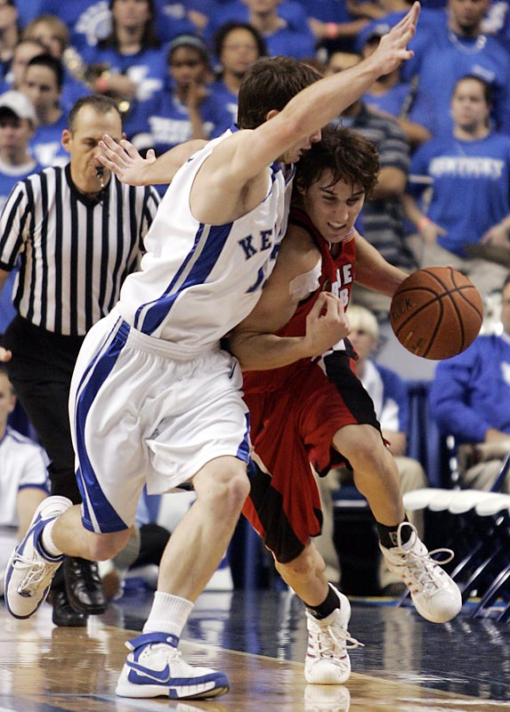 """In Billy Gillispie's second game as coach of the winningest program in college basketball history, No. 20 Kentucky fell behind 14-0 and trailed by at least seven the rest of the way in a home loss to tiny Gardner-Webb, which finished 9-21 the previous season. """"A lot of people are going to think this is a misprint,"""" Bulldogs coach Rick Scruggs said. This marked just the start of a memorable week for the Atlantic Sun Conference: On the heels of GWU's victory, Mercer defeated No. 18 USC in O.J. Mayo's Trojans debut and Belmont dropped Cincinnati."""