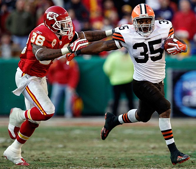 Harrison broke Jim Brown's franchise record with 286 rushing yards in Cleveland's 41-34 victory at Kansas City. In his sixth career start, Harrison produced the third-best performance in NFL history and fell 11 yards shy of Adrian Peterson's all-time record. Meanwhile, in the same game, the Browns' Josh Cribbs returned two kickoffs for touchdowns, giving him a league-record eight for his career.