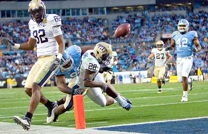 Dion Lewis fumbled here at the goal line, but he still rushed for 159 yards and a touchdown to pass Tony Dorsett as Pittsburgh's top freshman rusher. Dan Hutchins kicked a 33-yard field goal with 52 seconds left to give the 17th-ranked Panthers the win. Pitt won 10 games for the first time since Dan Marino was the quarterback in 1981