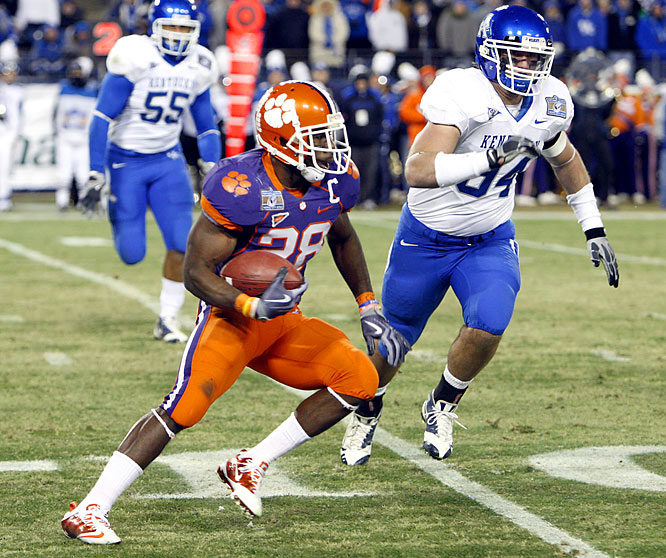 C.J. Spiller scored a touchdown and had 172 all-purpose yards in his final college game. The Tigers hadn't won a bowl game since the 2005 Champs Sports Bowl.