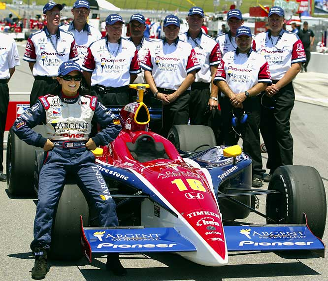 After near-misses at Motegi and the Indianapolis 500 in her rookie season, Patrick scored her first pole at Kansas to lead a 1-2-3 sweep by Rahal Letterman Racing.
