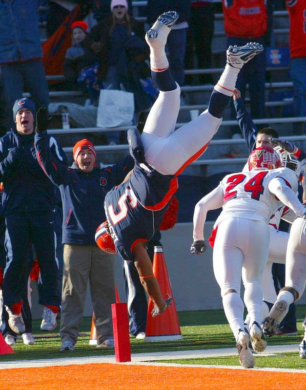 Illinois running back Mikel Leshoure somersaults into the end zone to score a touchdown during a 53-52 loss Fresno State at Memorial Stadium in Champaign, Ill., on Dec. 5.