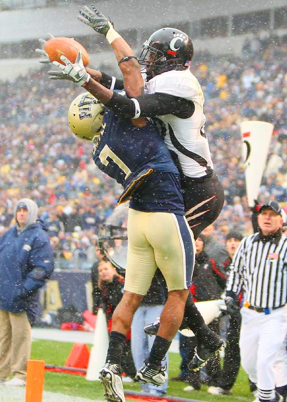 Cincinnati's Armon Binns cannot come up with the catch in the corner of the end zone against Pitt's Jovani Chappel at Heinz Field on Dec. 5. The undefeated Bearcats rallied to defeat the Panthers 45-44 to win the Big East Championship.