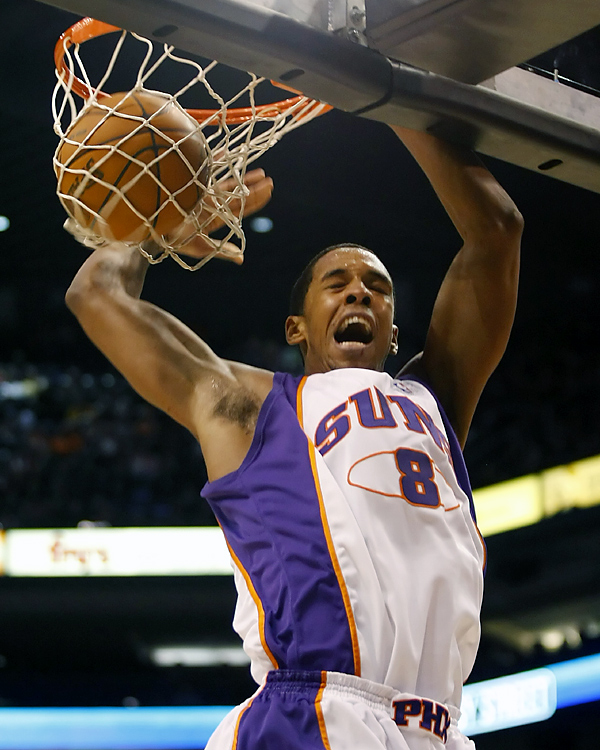 Channing Frye helped the Suns to their most lopsided victory and the Clippers' worst loss this season. The Suns got back on track with the rout at home -- where they'd lost two straight.