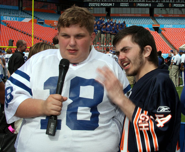 Former Idol rejects Jonathan Jayne (left) and Kenneth Swale at Media Day from Miami before Super Bowl XLI between the Bears and Colts.