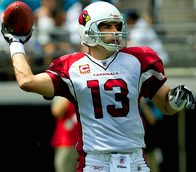 A week after he opened the season by throwing two interceptions and getting sacked three times, Kurt Warner completed 24 of 26 passes, with no interceptions and no sacks en route to setting the single-game completion percentage record at 92.3.  The old record of  91.3 percent had been set by Vinny Testaverde while with Cleveland on Dec. 26, 1993 against the Los Angeles Rams.
