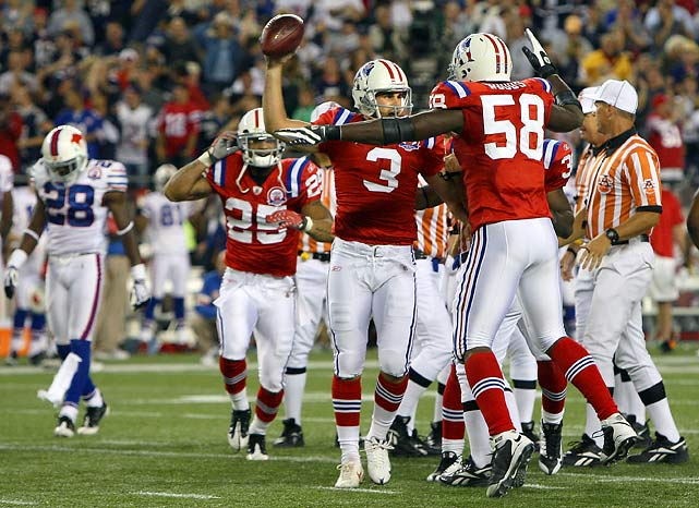 As giddy as the Buffalo Bills were in the preseason about adding Terrell Owens to their roster, they were equally as crestfallen after a Leodis McKelvin fumble on a kickoff return let the Patriots off the hook in the season opener. The Bills were leading New England by five points with 2:06 to go when McKelvin lost the handle on a 33-yard return and kicker Steven Gostkowski (#3) recovered at the 31. Tom Brady, in his first game back from surgery, threw the game-winning 16-yard touchdown pass to Ben Watson three plays later, Brady's second TD pass in the final 2:06.