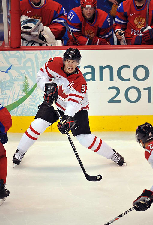 Canada beat the world champions -- a feat they hadn't accomplished since the 1960 games -- in a showdown of hockey superpowers.